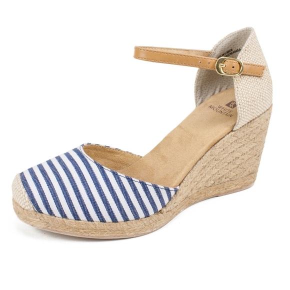 White Mountain Womens Espadrille Wedge Sandals Blue White Stripe Buckle 10 M New